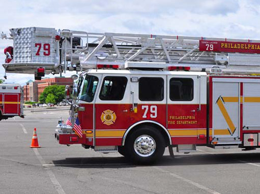 Philadelphia_Fire_Department_Tower_Ladder_79_511x382